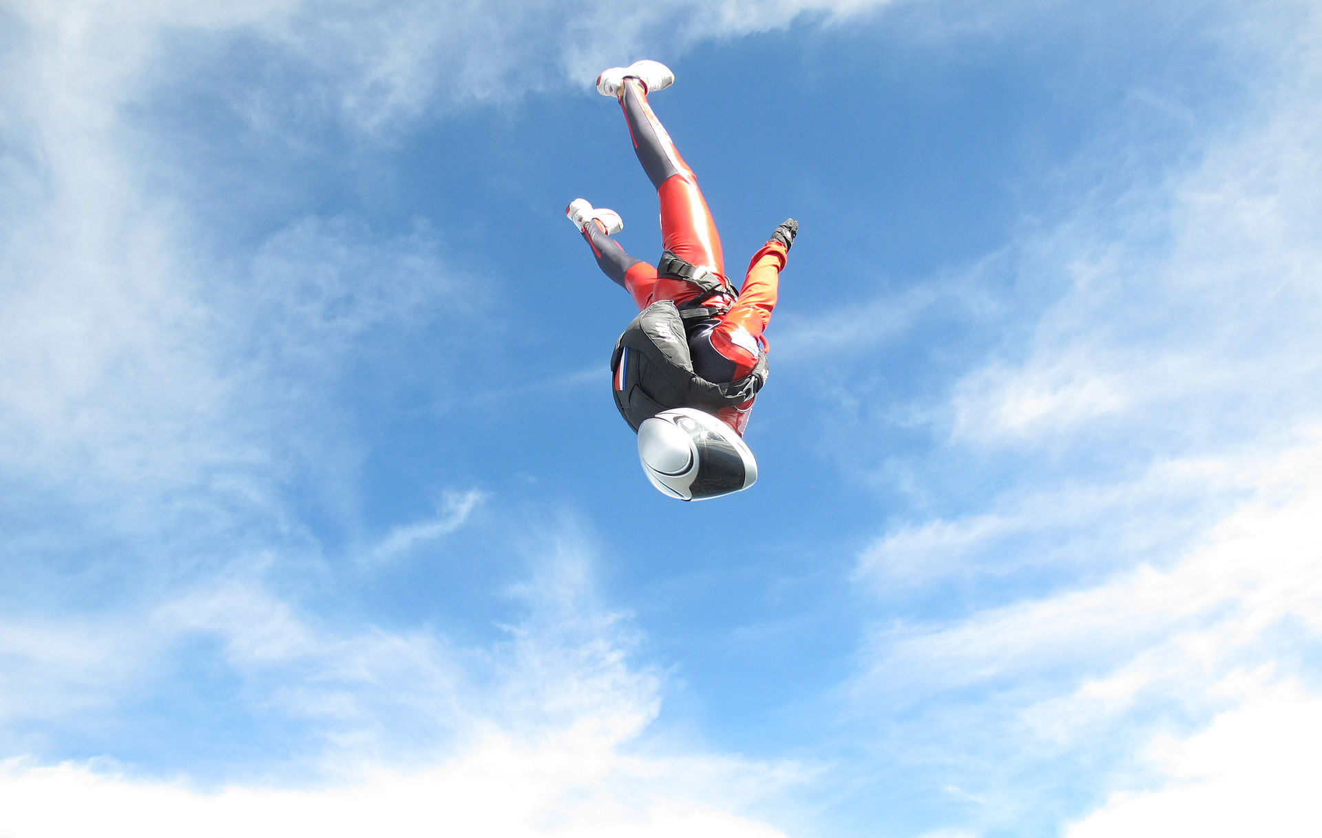 the adventure blog skydiver to jump from stratosphere