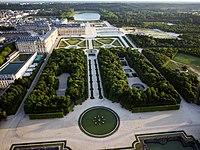 Vue aérienne du domaine de Versailles par ToucanWings - Creative Commons By Sa 3.0 - 150.jpg