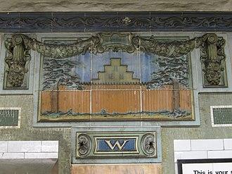 Wall Street (IRT Lexington Avenue Line) - Image: Wall Street IRT 008b