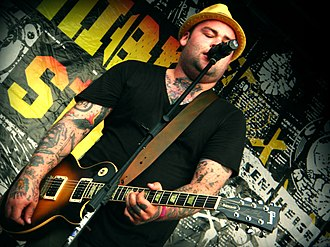 Wade MacNeil - MacNeil in 2008 with Black Lungs