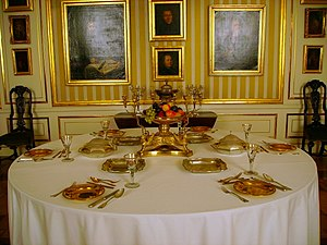 Tableware - Table laid for six Royal Castle, Warsaw, (18th-19th century)