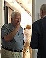 Willy lindwer in gesprek met een gast-1587982863.jpeg