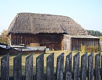 Wooden barn in Bartoszówka, Poland.jpg