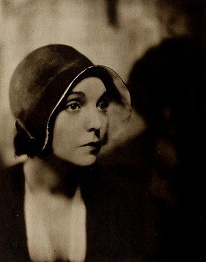 ZaSu Pitts - Pitts in 1930