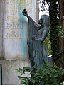 Zentralfriedhof Wien Grabmal Bachmaier Zulkowski 02.jpg