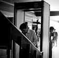 """""""มีคุณธรรม"""" นายกรัฐมนตรีเดินทางเข้าประชุม - Flickr - Abhisit Vejjajiva.jpg"""