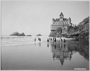 Sutro District - The second Cliff House and Seal Rocks.