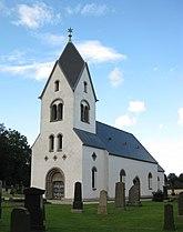 Fil:Östra Herrestads kyrka i augusti 2012.jpg