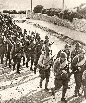 Azerbaijan in World War II - Battalion sent to the front, on the road to the Balajary station