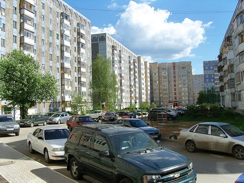 File:Во дворе - panoramio (9).jpg