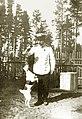 Максимилиан Федорович Шульц в Луге 1913.jpg