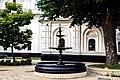Фонтан біля Ковнірівського корпусу.jpg
