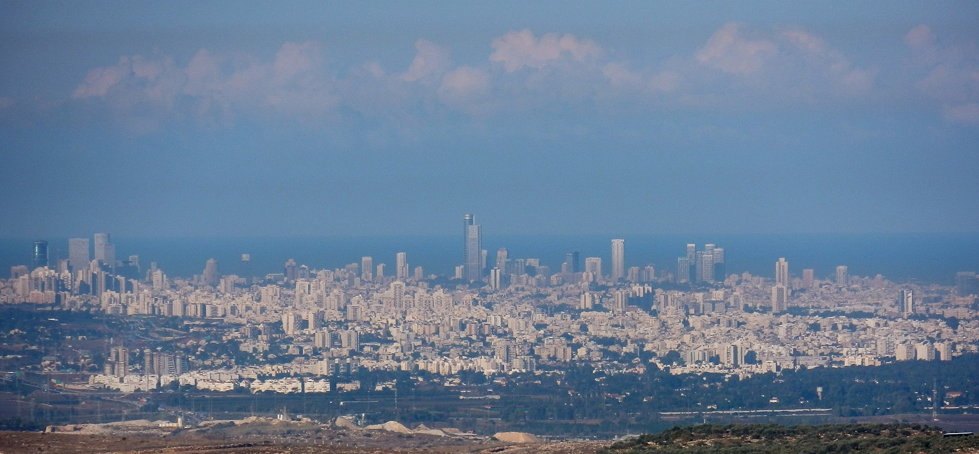 Clearly seeing Tel Aviv on a clear day from Paduel.
