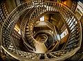 السلم الداخلى لبرج قصر البارون.jpg