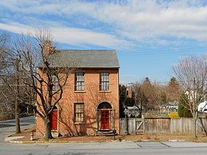 Marietta, Pennsylvania - Image: 104 Front St Marietta PA