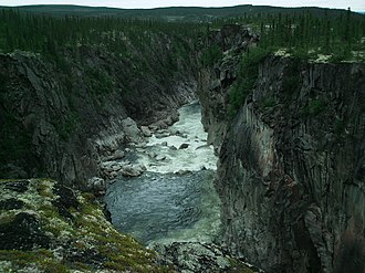 Caniapiscau River - Eaton Canyon