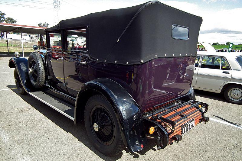 File:1928 Daimler 35-120 landaulet (6102982438).jpg