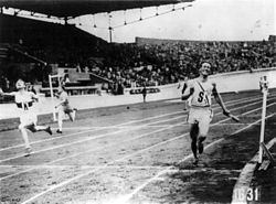 1928 Olympics 4x100m relay finish cph.3b16759.jpg