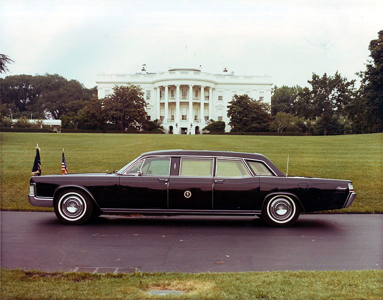 File:1972 Presidential Limousine, Washington DC.JPG