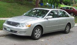 Toyota Avalon (2000–2002)
