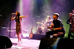 2007-04-19 - Nouvelle Vague - Cargo 10.jpg