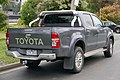 2013 Toyota HiLux (KUN26R MY12) SR5 4-door utility (2015-08-07) 02.jpg