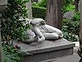 20160423 030 Roma - Cimitero Acattolico di Roma (26092480523).jpg