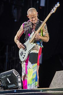 d436d7ce33 2016 RiP Red Hot Chili Peppers - Michael Flea Balzary - by 2eight - DSC0041.