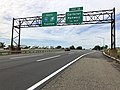 2018-06-20 09 31 17 View south along Interstate 95 (New Jersey Turnpike) just north of Exit 12 (Carteret, Rahway) in Linden, Union County, New Jersey.jpg