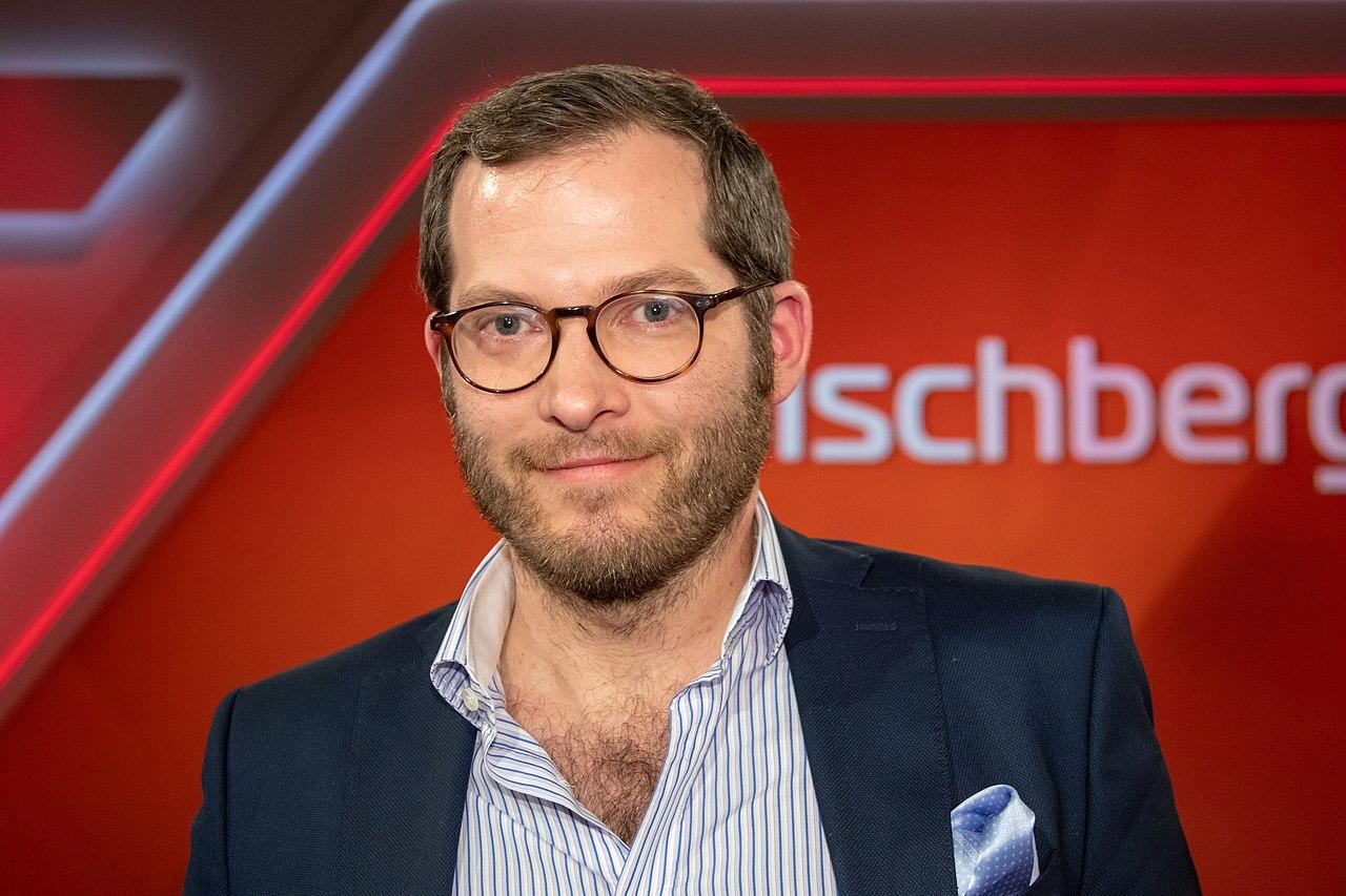 2018-11-07-Julian Reichelt-Maischberger-1139.jpg