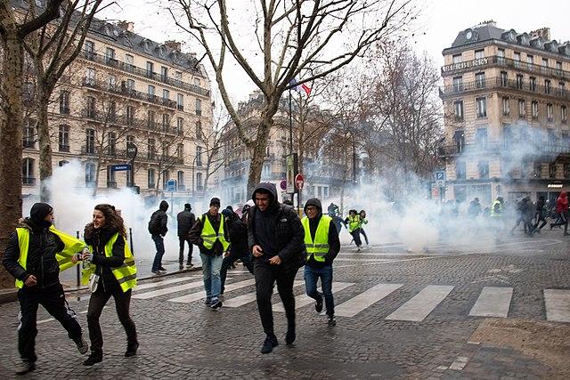 Polizeiangriff auf Gelbe Westen (Paris, 08.12.2018)