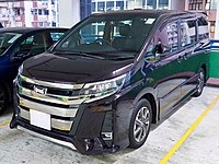 2018 Toyota Noah Si (facelift).jpg