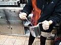 2020-01-15 Cremant el rom per a fer cremaet.jpg