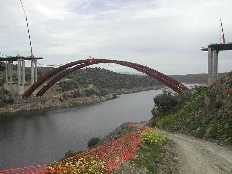 Construcción puente