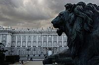 A los leones.jpg