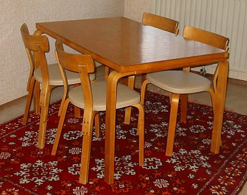 Aalto table and chairs1.JPG