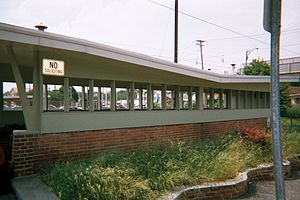 Aberdeen station (Maryland) - Image: Aberdeen Station Northbound Tunnel