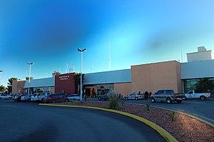 Chihuahua International Airport - Image: Aeropuerto Internacional General Roberto Fierro Villalobos