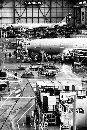 A330 final assembly line in Toulouse Airbus Factory Toulouse.jpg