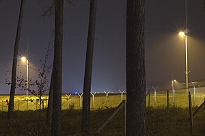 Airport Frankfurt - Fraport - Flughafen Frankfurt - border between wood and runway 4.jpg
