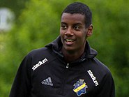 Alexander Isak (training 2016, cropped 1)