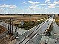 Antiga passagem de nível na Linha de Évora.jpg
