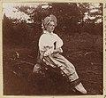 Antique dress of a peasant woman from Olonetskaia Province. -prok-01900-01958v.jpg