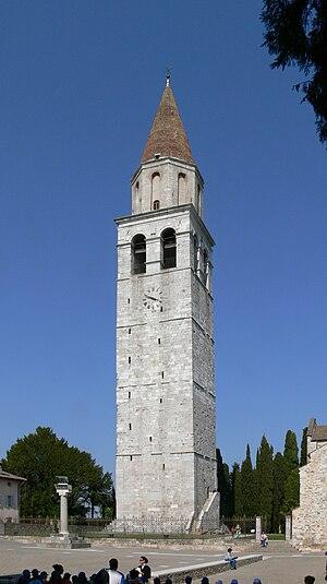 English: Patriarch´s basilica, Aquileia. Bellt...