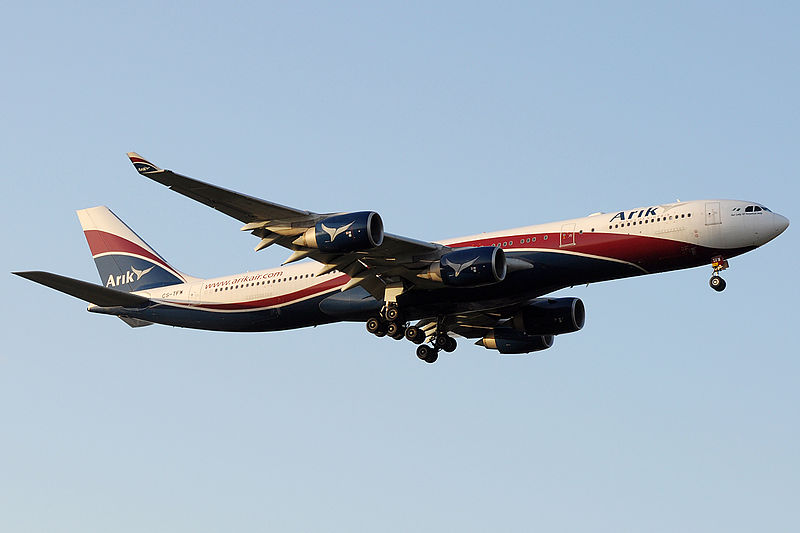800px-Arik_Air_Hifly_A340-500_CS-TFW_in_