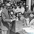 Arturo Frondizi votando para las elecciones presidenciales de 1958.jpg