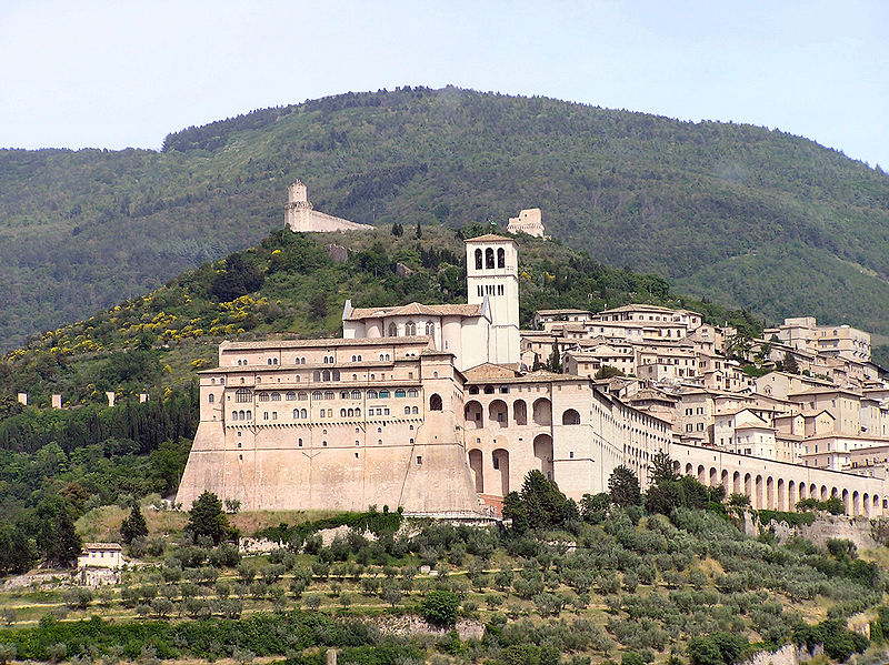 800px-Assisi_Sacro_Convento.jpg