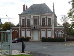 Athies (Somme) - la mairie.JPG