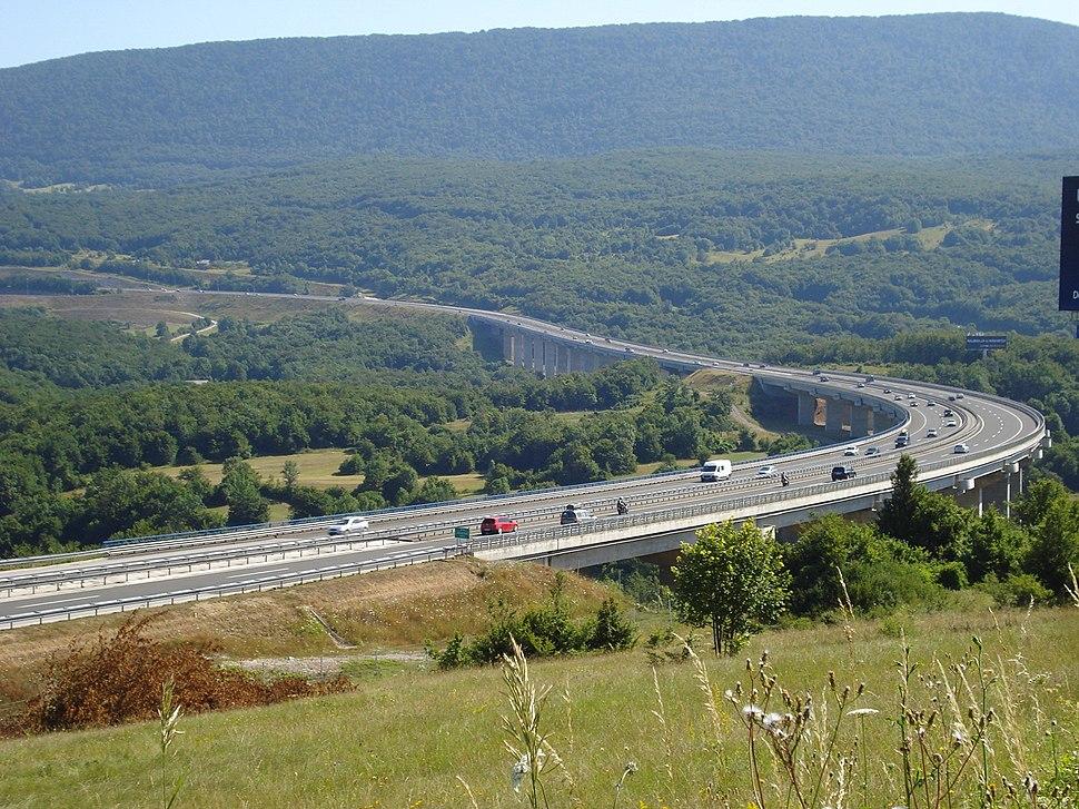 Autocesta Zagreb-Split kod Jezerana (Croatia)