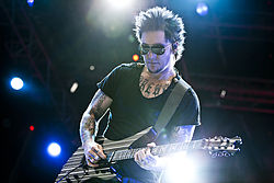 Synyster Gates 2011-ben.